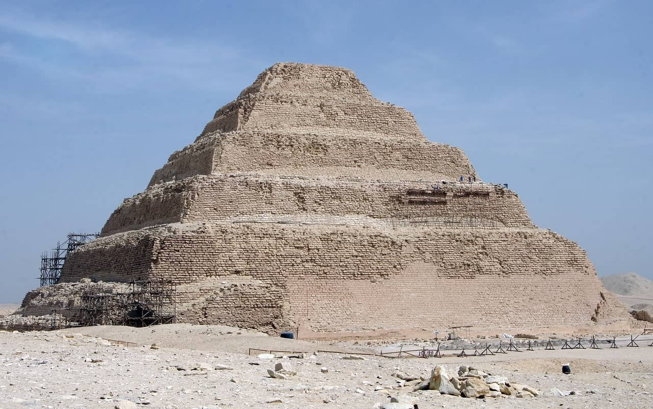 Where in Egypt are the pyramids ? | Djoser pyramid